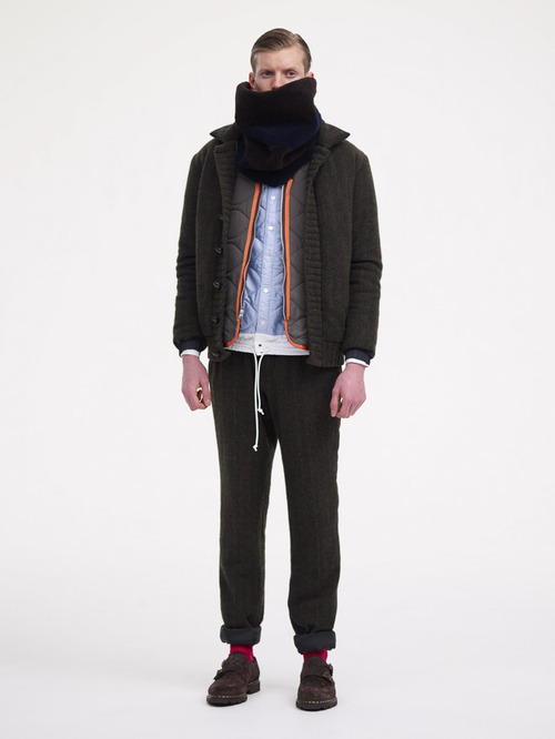 http://www.fashionsnap.com/collection/sacai/man/2013-14aw/gallery/index17.php