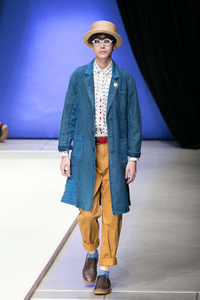 http://www.fashionsnap.com/collection/ne-net/2015ss/gallery/index19.php
