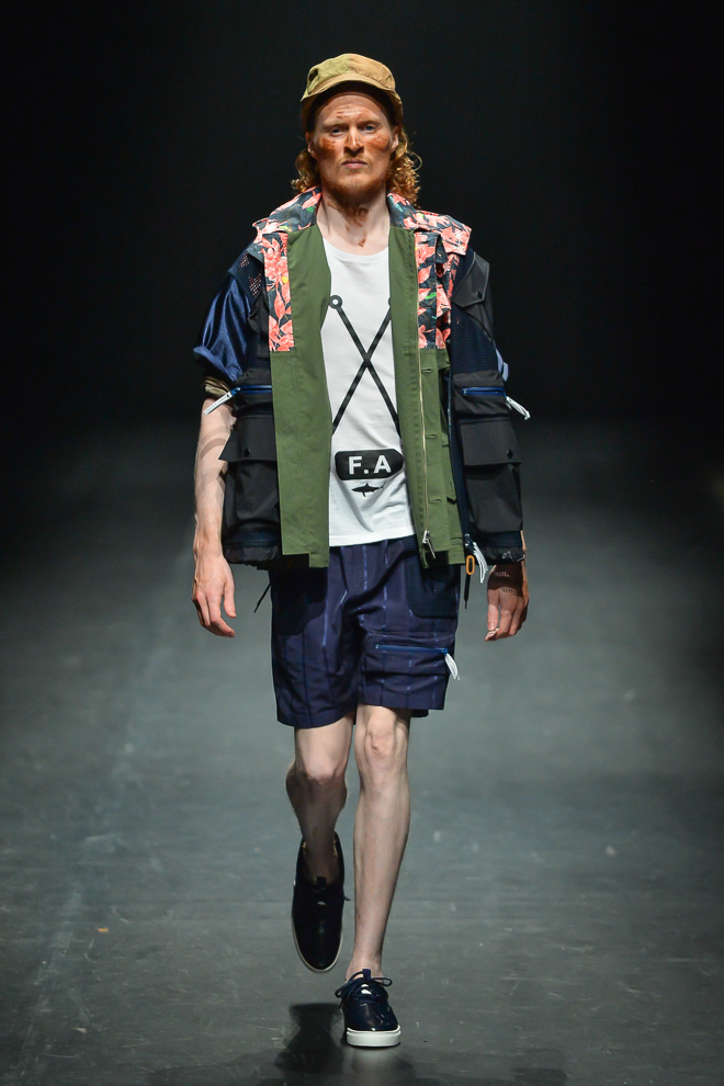http://www.fashionsnap.com/collection/yoshio-kubo/2015ss/gallery/index39.php