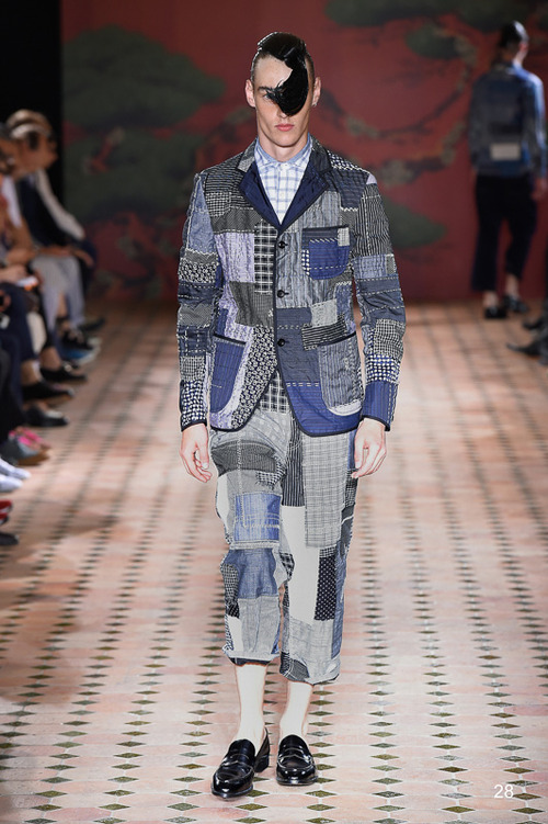 http://www.fashionsnap.com/collection/comme-des-garcons/-junya-watanabe-man/2015ss/gallery/index31.php