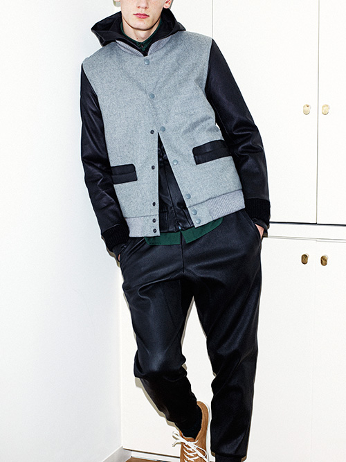http://www.fashion-press.net/collections/gallery/15165/261219