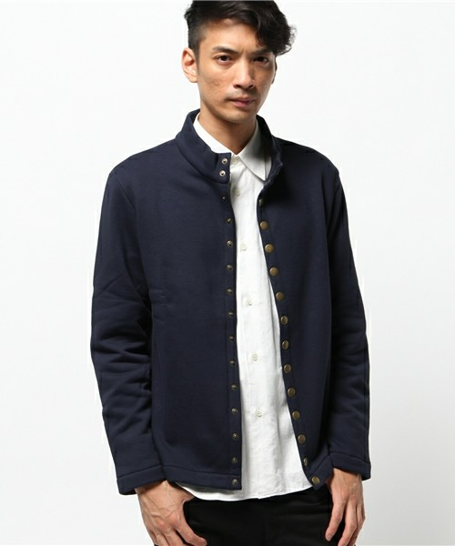 http://zozo.jp/shop/agnesb/goods-sale/6718587/