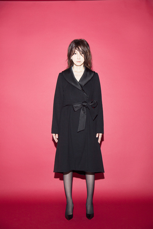 http://www.fashionsnap.com/collection/peelslowly/tokyo/gallery/index10.php