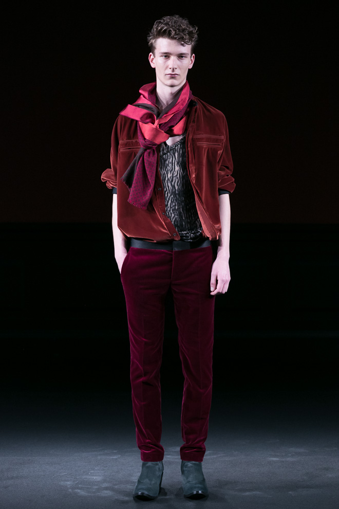 http://www.fashionsnap.com/collection/haider-ackermann/mens/2015-16aw/