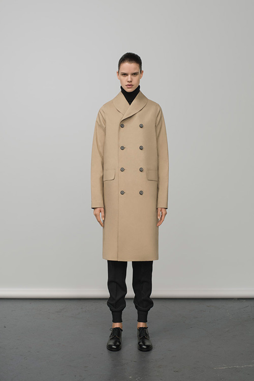 http://www.fashion-press.net/collections/gallery/16239/282094