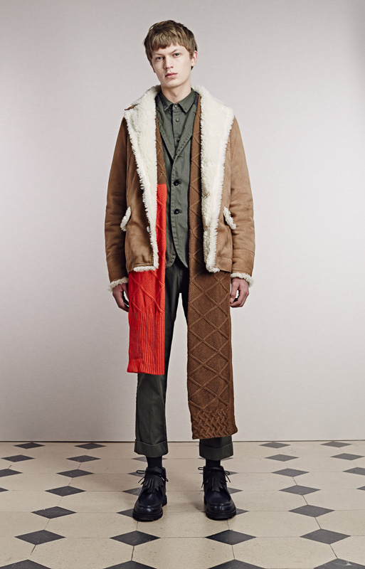 http://www.fashionsnap.com/collection/sacai/mens/2015-16aw/gallery/index25.php