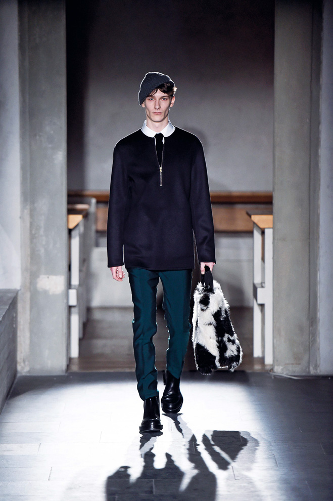 http://www.fashionsnap.com/collection/marni/mens/2015-16aw/gallery/index29.php