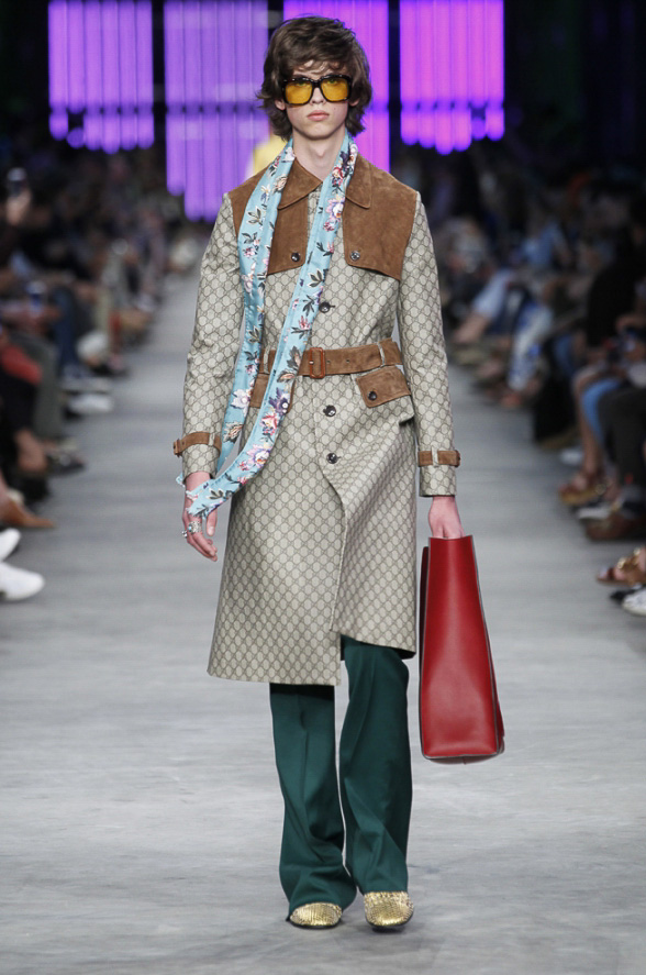 http://www.fashionsnap.com/collection/gucci/mens/2016ss/gallery/
