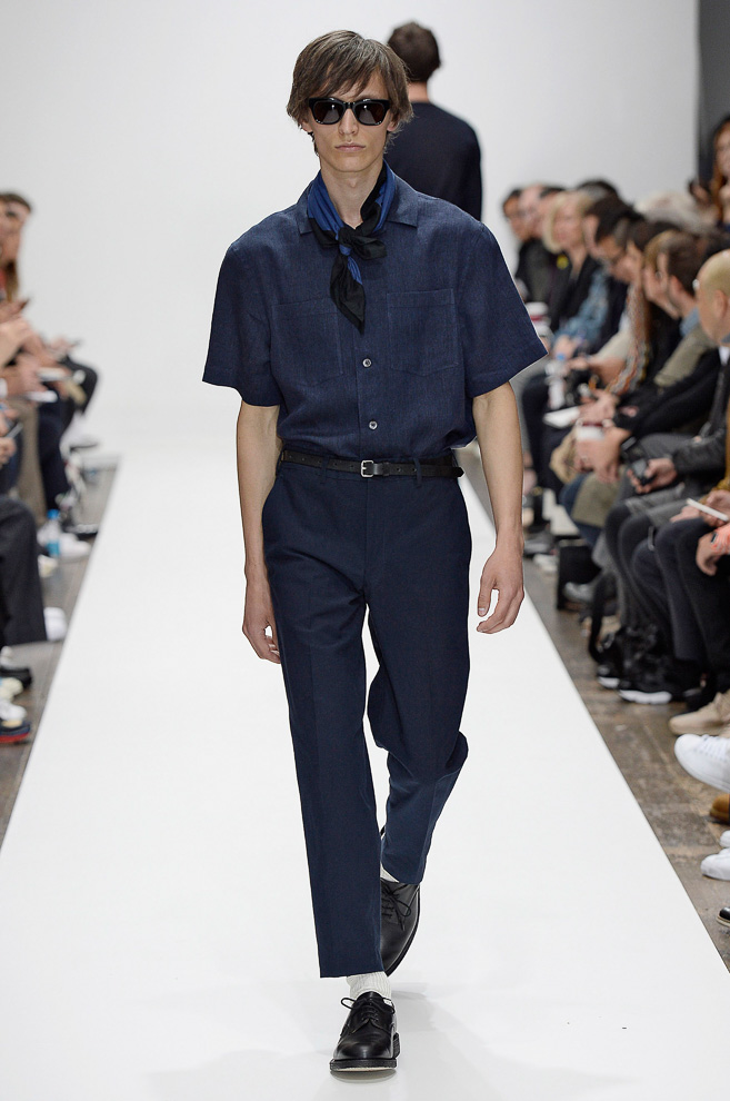 http://www.fashionsnap.com/collection/margaret-howell/mens/2016ss/gallery/index29.php
