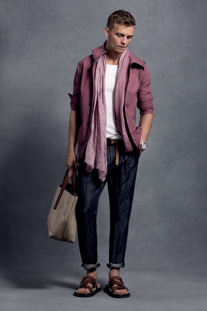 http://www.fashionsnap.com/collection/michael-kors/mens/2016ss/gallery/index3.php