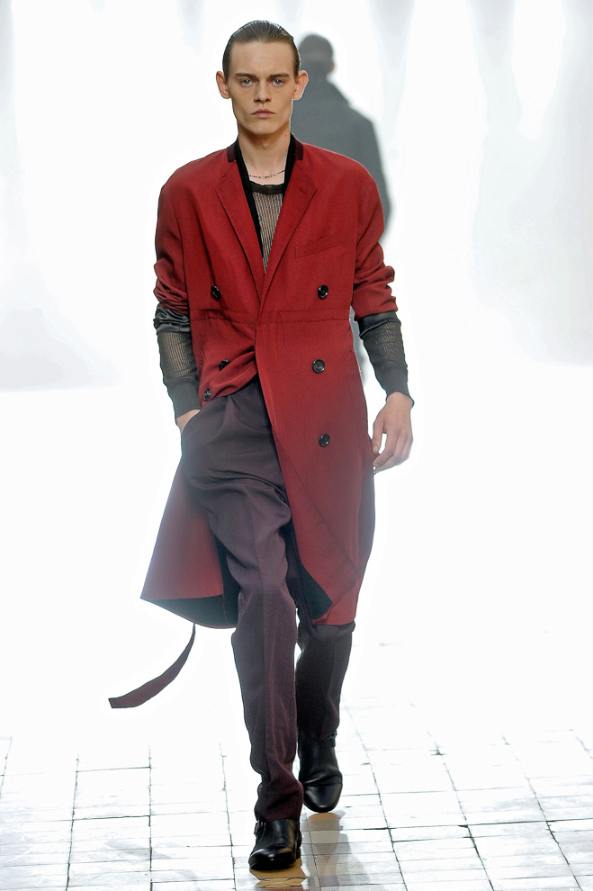 http://www.fashionsnap.com/collection/lanvin/mens/2016ss/gallery/index44.php