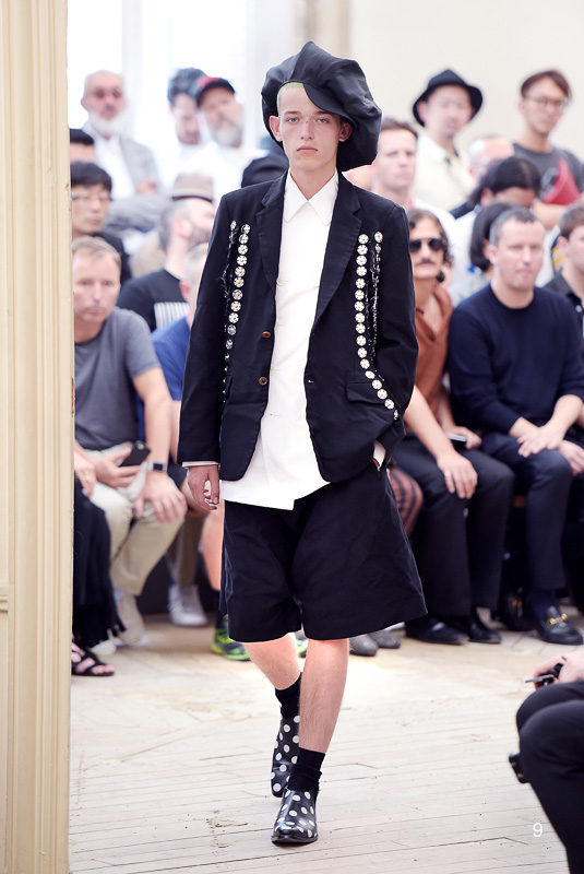 http://www.fashionsnap.com/collection/comme-des-garcons/homme-plus/2016ss/gallery/index9.php