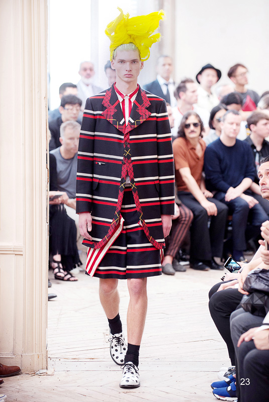http://www.fashionsnap.com/collection/comme-des-garcons/homme-plus/2016ss/gallery/index23.php