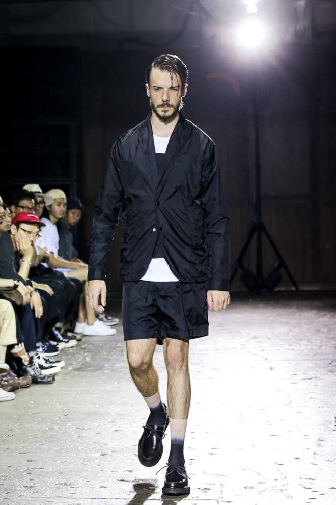 http://www.fashionsnap.com/collection/comme-des-garcons/ganryu/2016ss/gallery/
