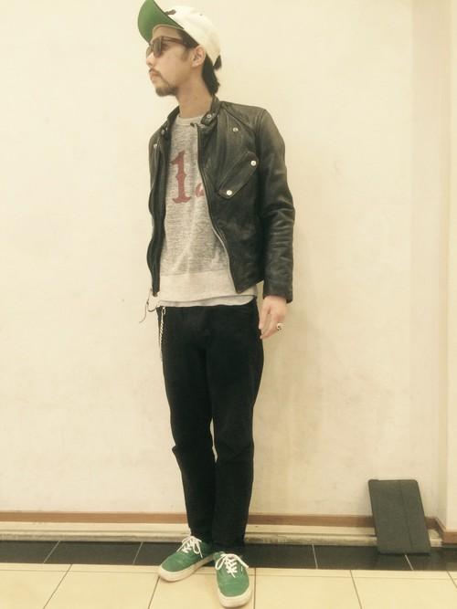 http://zozo.jp/shop/schott/goods/9073662/
