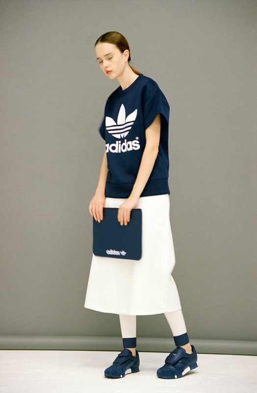 http://www.fashionsnap.com/collection/adidas-originals-by-hyke/2016ss/gallery/index21.php