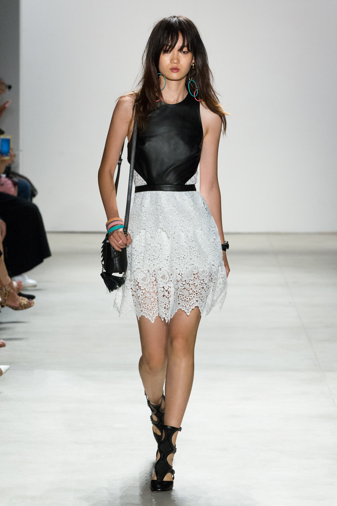 http://www.fashionsnap.com/collection/rebecca-minkoff/2016ss/gallery/index10.php