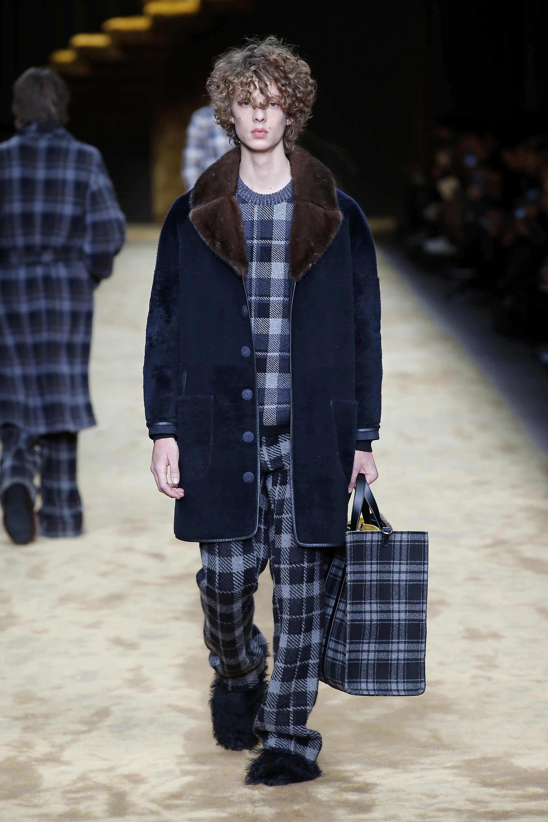 http://www.fendi.com/us/man/fall-winter-2016-17/
