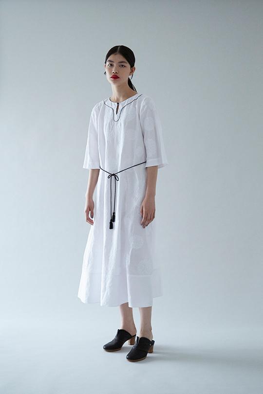 http://www.mina-perhonen.jp/collection/clothes/16ss/