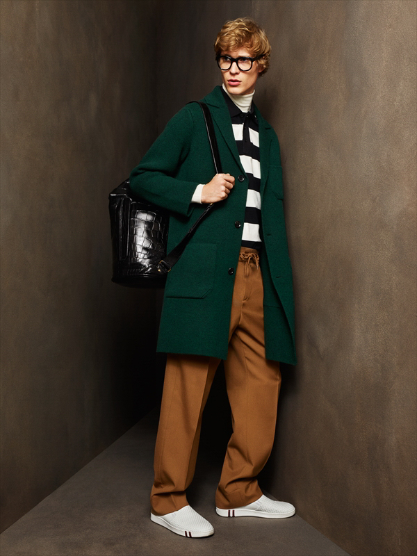 http://www.fashionsnap.com/collection/bally/mens/2016-17aw/gallery/index29.php