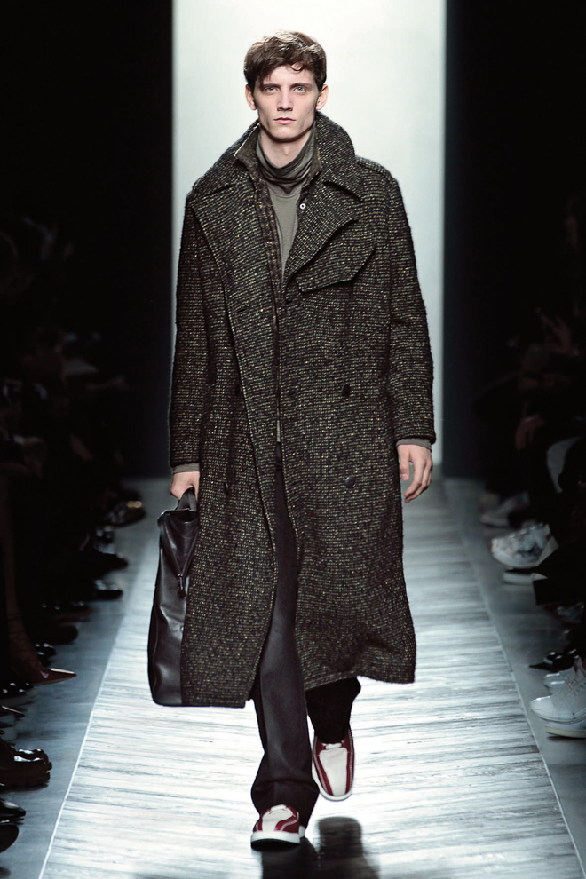 http://www.fashionsnap.com/collection/bottega-veneta/mens/2016-17aw/gallery/index24.php