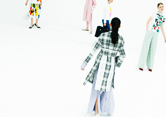 http://www.fashionsnap.com/collection/taro-horiuchi/2016ss/gallery/index32.php