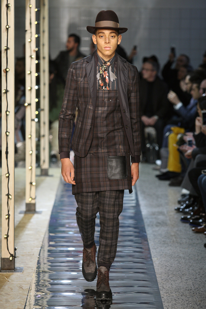 http://www.fashionsnap.com/collection/antonio-marras/mens/2016-17aw/gallery/index3.php
