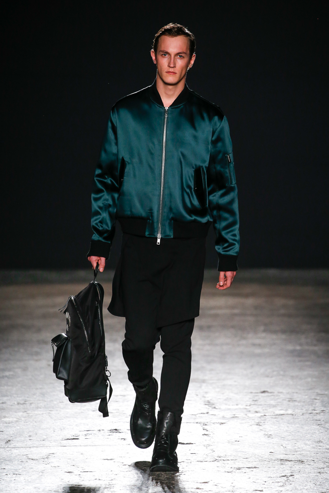 http://www.fashionsnap.com/collection/ports-1961/mens/2016-17aw/gallery/index38.php