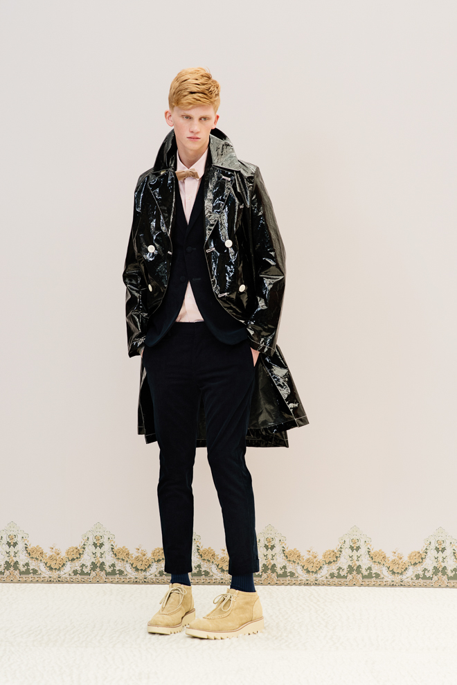 http://www.fashionsnap.com/collection/undercover/mens/2016-17aw/gallery/index53.php