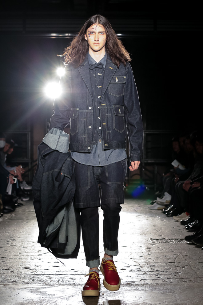 http://www.fashionsnap.com/collection/comme-des-garcons/ganryu/2016-17aw/gallery/