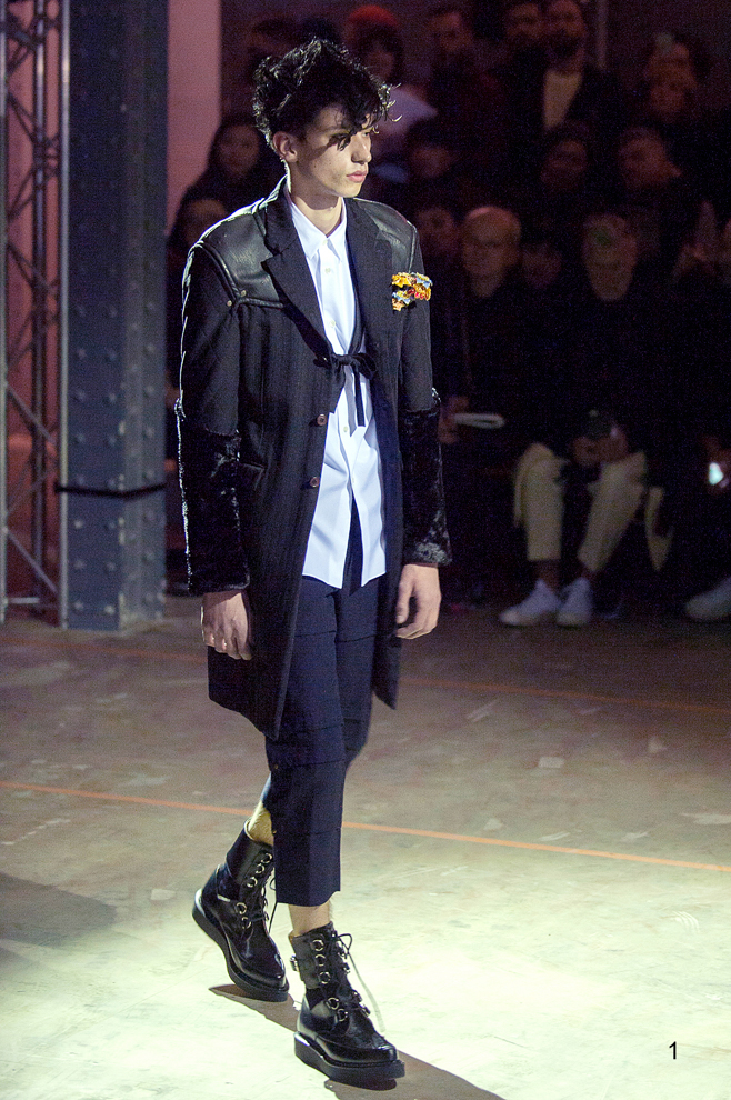 http://www.fashionsnap.com/collection/comme-des-garcons/hommeplus/2016-17aw/gallery/