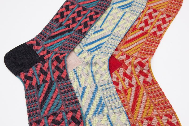 http://www.ayame-jp.com/grater-socks-2/